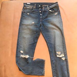 Never worn levis Jean